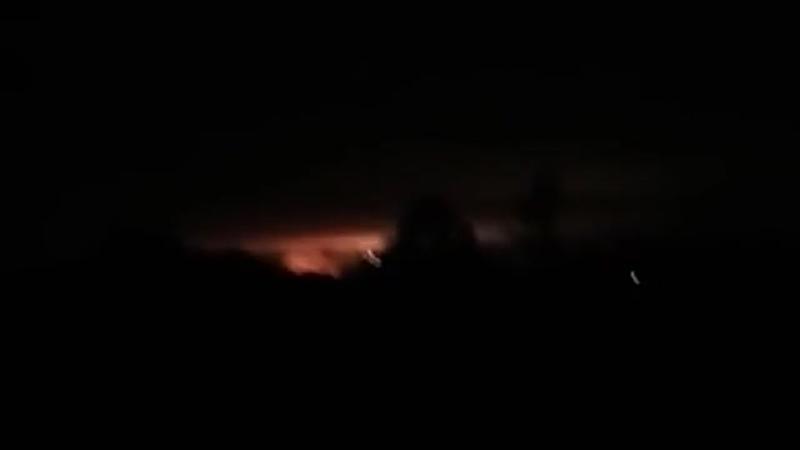 Кадри з місця вибуху на військовому складі під Черніговом.