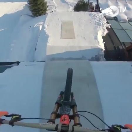 """Simplified BMX on Instagram: """"Street à la montagne @wibmerfabio 🗻🤯 bike mountainbiking street ridebike"""""""
