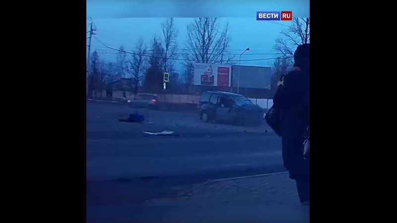 Фельдшер вылетела из скорой помощи после серьезной аварии в Бобруйске