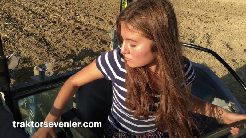 Köylü kızı New Hollandı çoşturuyor