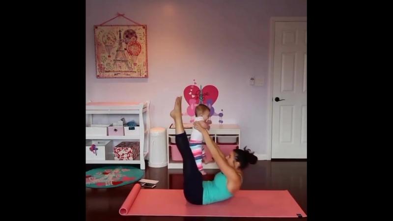 Тренируемся с малышом!