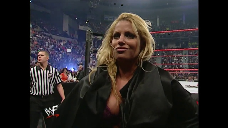 Lita vs Trish Stratus Bra Panties Womens Title Match Raw 10 23 2000