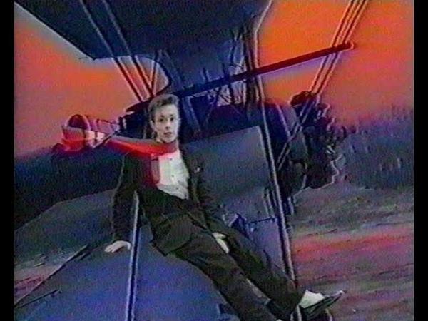 Сюжет о 25-летнем юбилее передачи Видеоревю Игоря Жукова - первой шоу-программы о кино в бывшем СССР