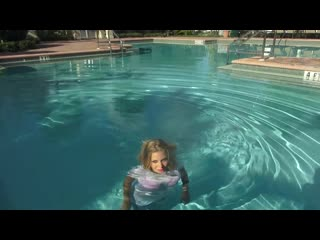 @TrinaMason FULLY DRESSED UNDERWATER