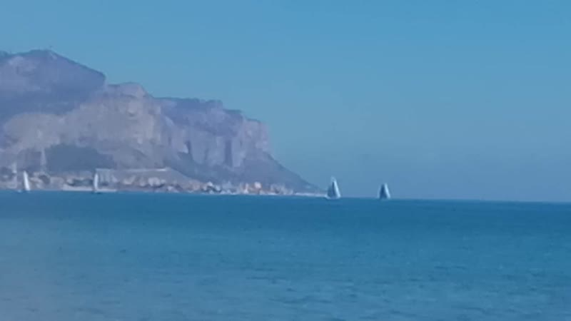 Прогулянки Європою повернення 2сезон 1 випуск жаркий пляж