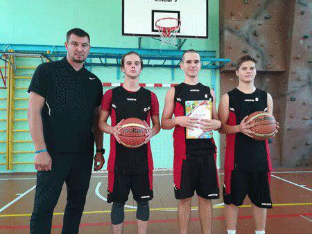 Баскетболисты из Бибирева одержали победу на межрайонных соревнованиях