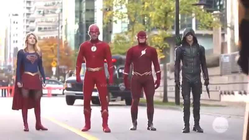 We Can Be Heros Elseworlds Crossover