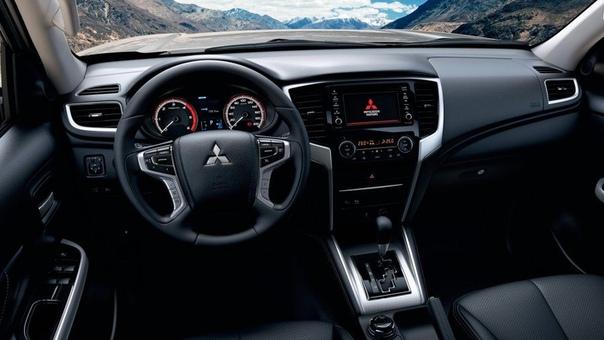Mitsubishi представил обновленный L200 для России. В Москве состоялась презентация обновленного пятого поколения среднеразмерного пикапа Mitsubishi L200. Получив новую внешность и ряд новых