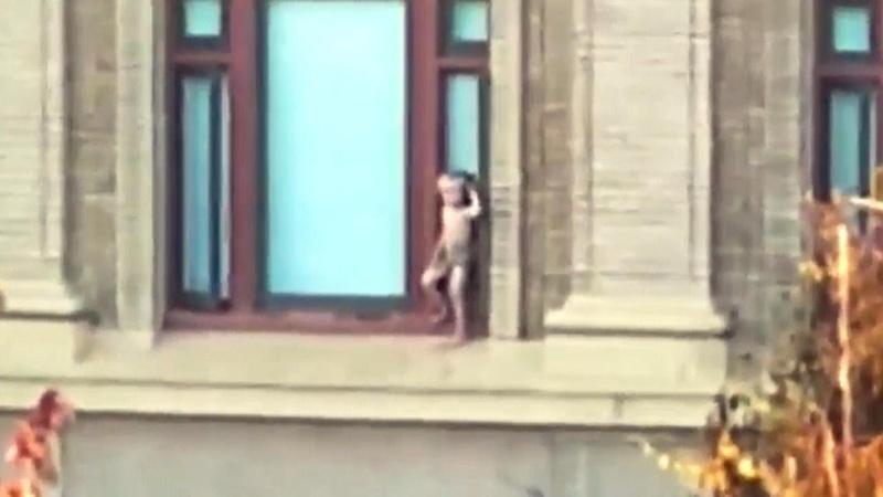 California Cops Criticized Over Response to Boy on Balcony Ledge