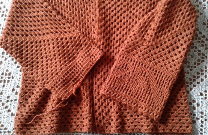 Кардиган из шестиугольников. Часть 3. Соединяем две детали, рукава. Knitting womens cardigan.
