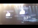 28.09.2018 Третий день Tomorrow в Сайтама Супер Арена: Чанмин изображает ведущих Music Station (cr.: Vivianntv1)
