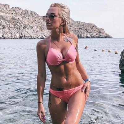 Лена Бибикова