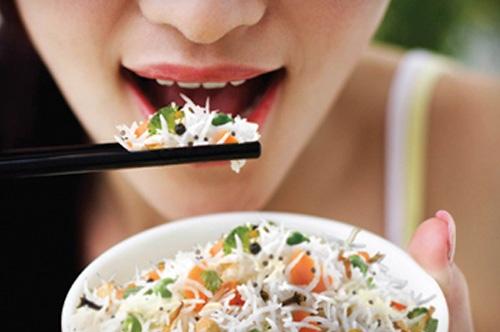 Как быстро похудеть к Новому году 2021: рисовая диета на 3, 7, 9 дней
