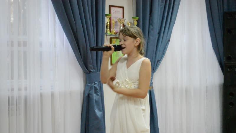 ,,Я через сердце вижу мир,,-Валерия Бабешко гр.,,Адрес детства,,рук.О.Костенко