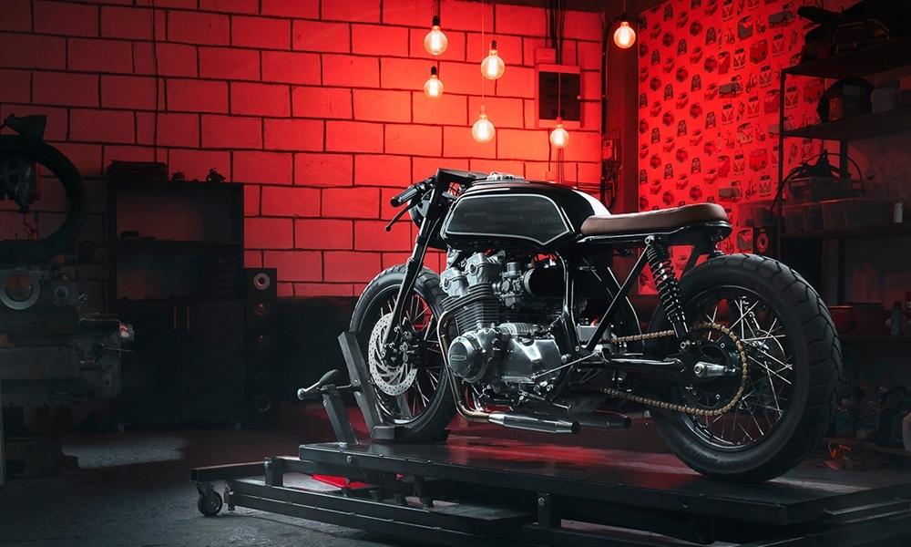 Thracian bikes: кафе рейсер Honda CB750 Primo