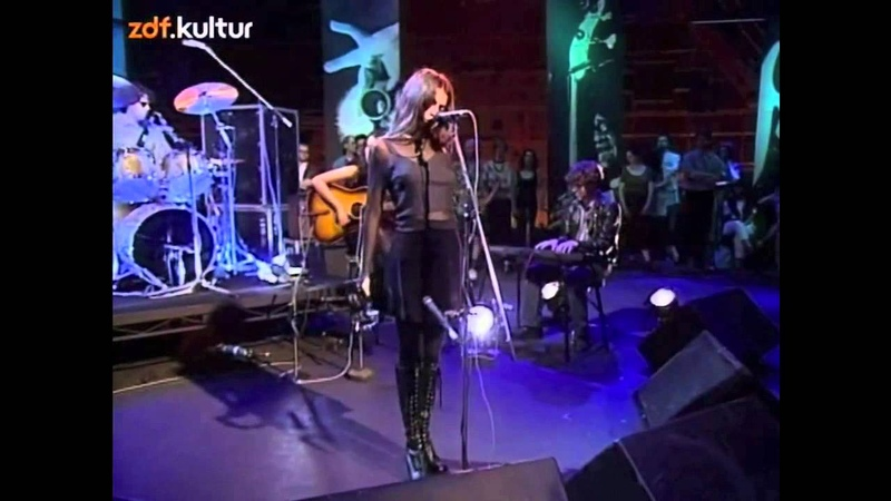 Mazzy Star - Fade into you Blue Flower (live @ Later with Jools)