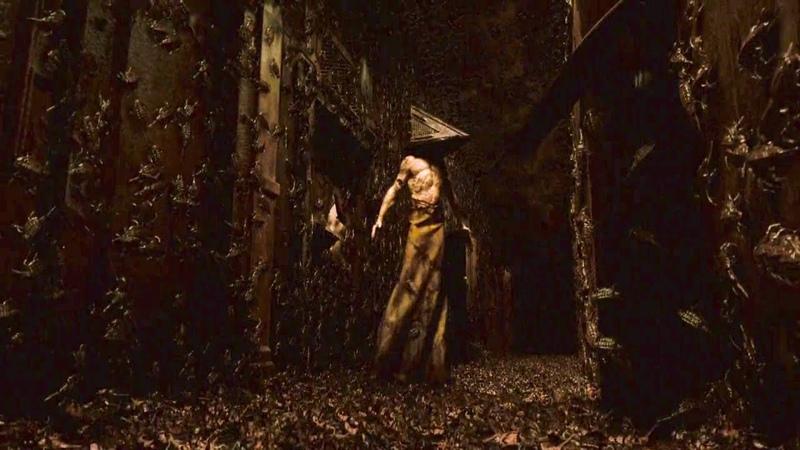 Terror em Silent Hill (Cena do Cabeça de Pirâmide)