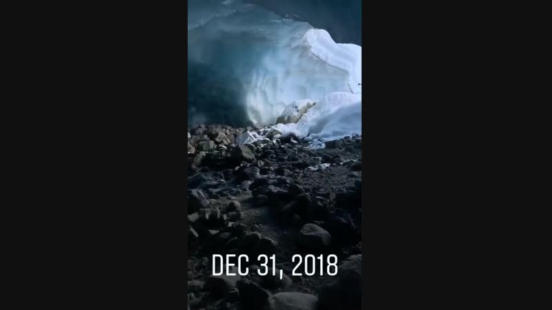(2018-12-31) Ice Caves in Whistler, Canada - Video by Bradley Friesen - V02