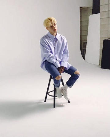 "TREI on Instagram TREI 자켓 촬영장의 창현이😏 트레이 이재준 김준태 채창현 BORN debut kpop BANANACULTURE"""