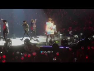 Look at jin dancing behind snd teasing jungkook