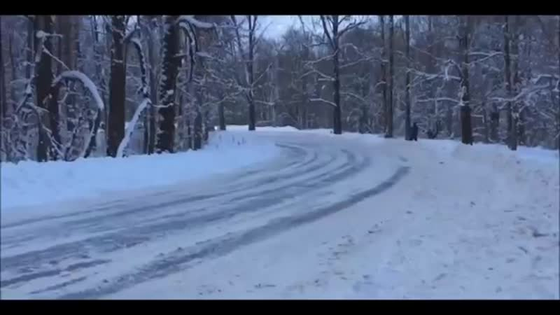 Машины которые любят зиму-Winter drift cars love winter15522815321552281810.mp4