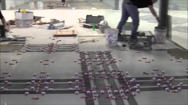 Укладка плитки в торговом центре