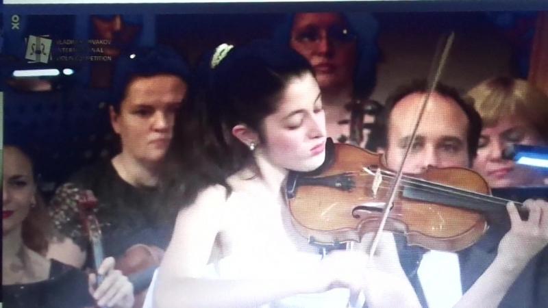 Первая премия Испания на церемонии награждения второго скрипичного конкурса Владимира Спивакова