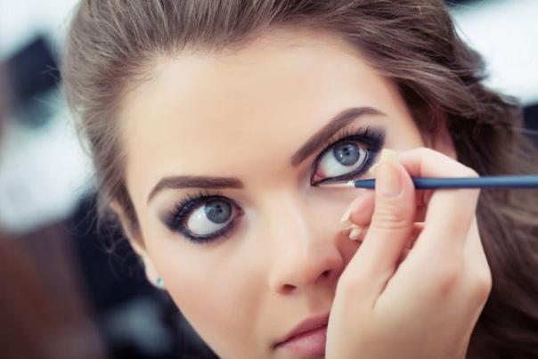 Не делай так: распространенные ошибки в макияже глаз
