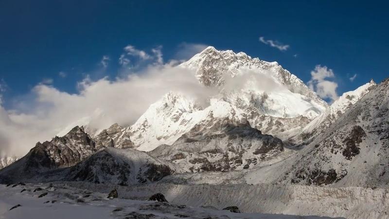 Облака над Гималаями