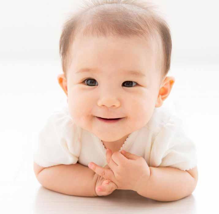 ДНК-фингерпринтинг можно использовать для определения отцовства ребенка.