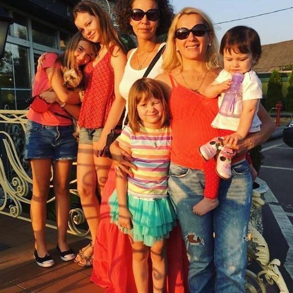 44-летняя Мария Порошина ждет пятого ребенка  Мария Порошина