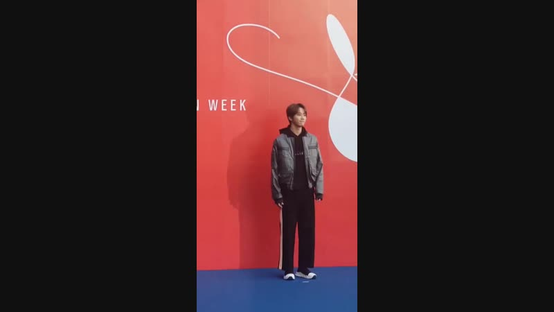 18 10 2018 U KISS UNB Джун на 2019 Hera Seoul Fashion Week @pjh2285