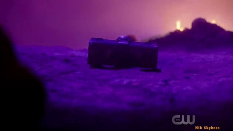 CW Elseworld crossover Broadcaster from hell | Вещатель из ада и Кроссовер Другие Миры