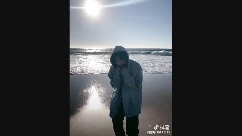 SNS | 26.11.18 | Wow @ Обновление douyin 2017.5.23 (китайский Tik Tok)