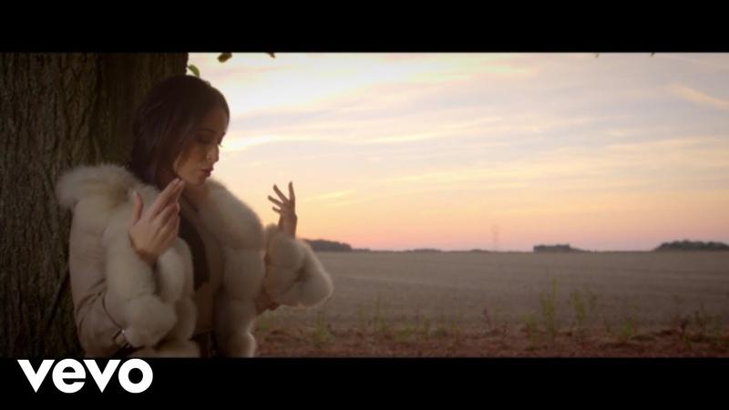 Kenza Farah - Ne me quitte pas (Clip officiel)