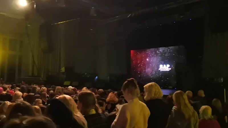 7 12 18 Look around the venue before the concert Berlin Playlist fancame