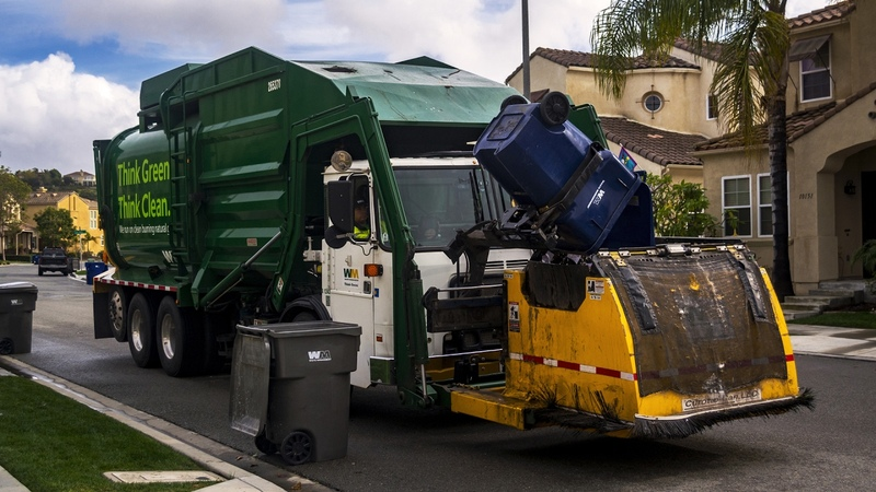 Autocar ACX Amrep HX 450 FL Garbage Truck w The Curotto Can