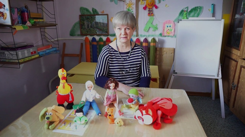 Занятия для детей по вязанию игрушек Амигуруми в Монтессори-центре Смышленыш