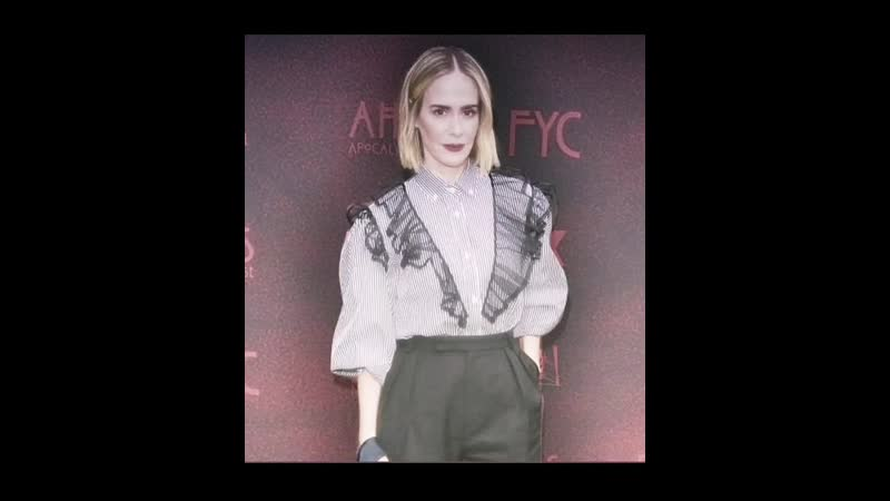 Amazing beautiful sexy owner of all red carpets sarah catharine paulson