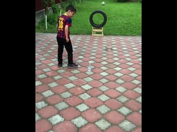 Трюк Месси от ингушского мальчика