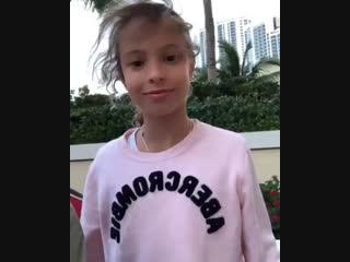 Дочка Сергея Жукова спела хит «18 мне уже»