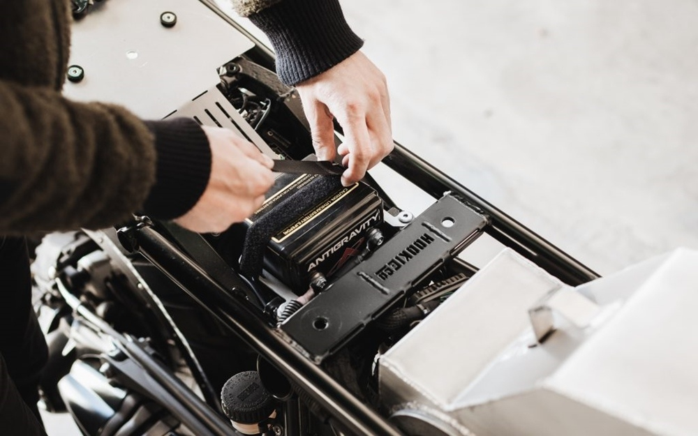 Hookie Co: комплект BMW R NineT Moto-Kit