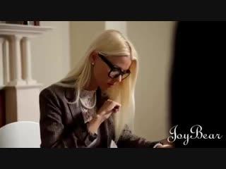 Чешка приходит на кастинг ради сношения. Порно видео с Alexis Crystal. порно, gjhyj, porno, эротика, 18+, секс, инцест, порево,