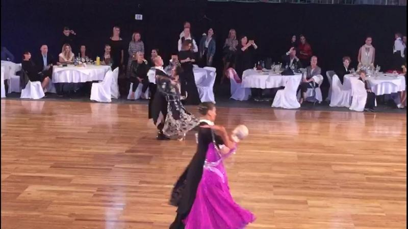 Чемпионат мира по 10 танцам. Квикстеп. Youth under 21. Semifinal