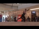 "Modern dance""Acro duo Absent"""