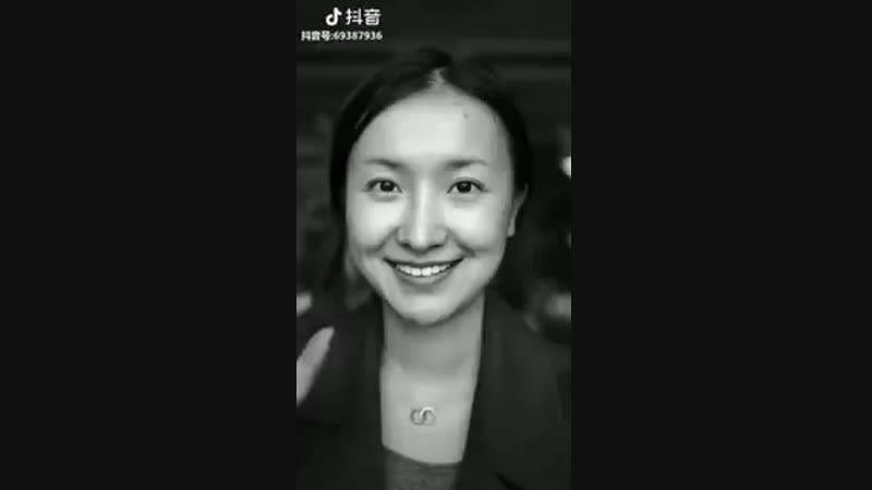 This Chinese woman made herself look like Einstein.