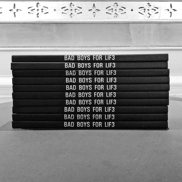Уилл Смит объявил о начале съёмок третьих «Плохих парней» Съёмки многострадального триквела «Плохих парней» под названием «Плохие парни навсегда» официально стартовали! Об этом рассказал у себя