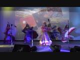 Выступление народного цыганского ансамбля