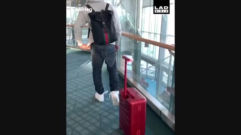 Мне срочно нужен такой чемодан.mp4