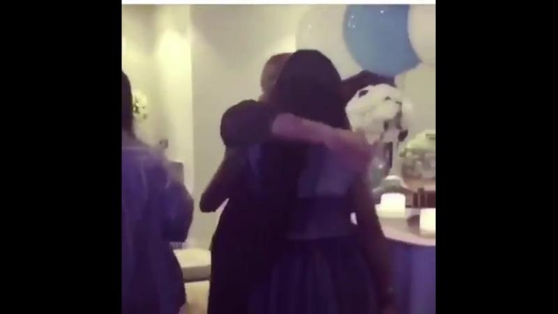Рианна и со. на baby shower Леандры (03.09.2018)